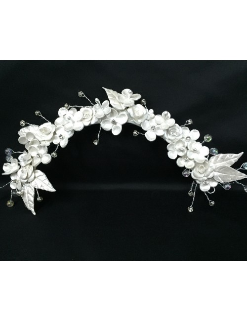 Media corona de porcelana