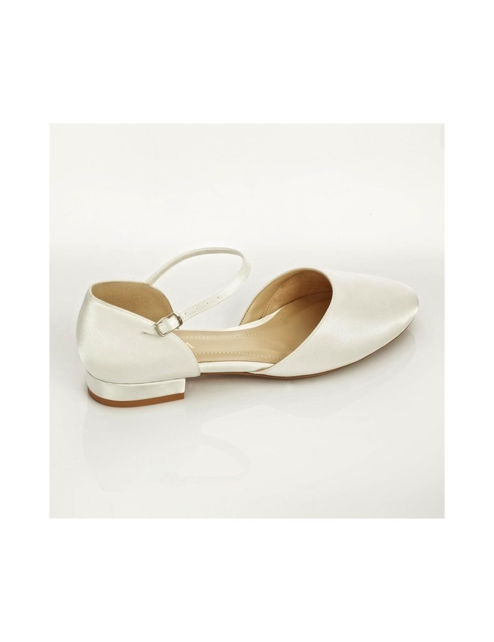 zapatos de novia planos y con poco tacón para novias altas
