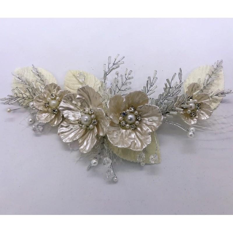 Tocados de novia porcelana fría