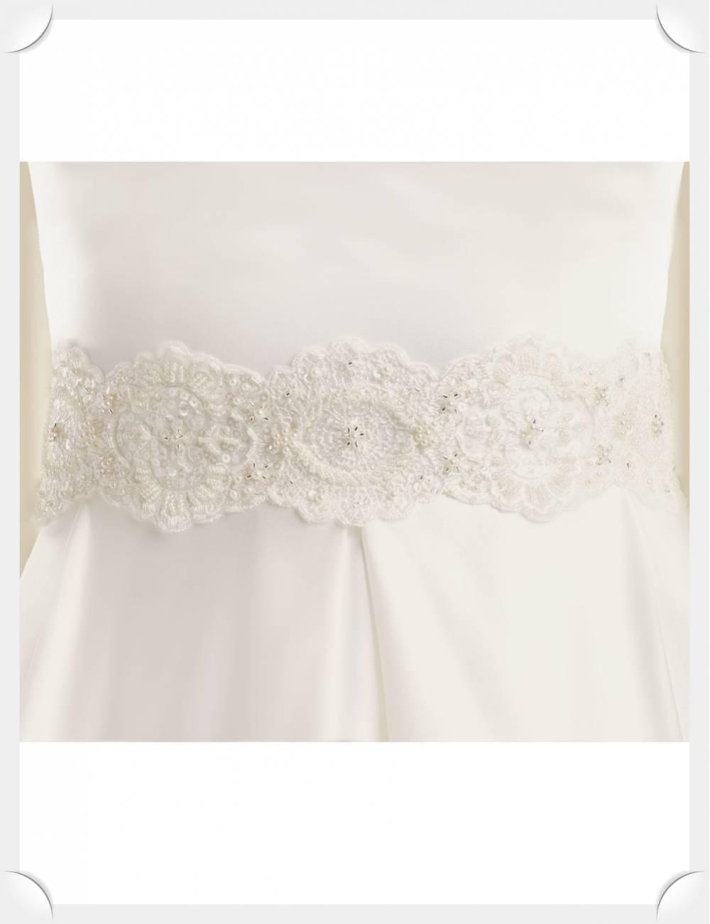 Cinto pedrería y encaje vestidos de novia