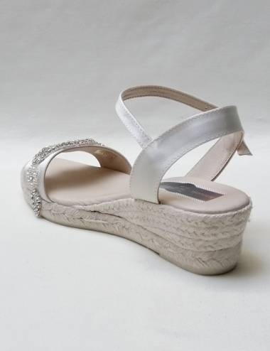 Low Bridal Wedges Aura