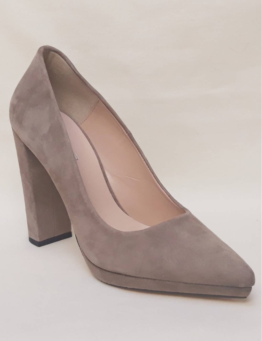 Zapatos fiesta color taupe